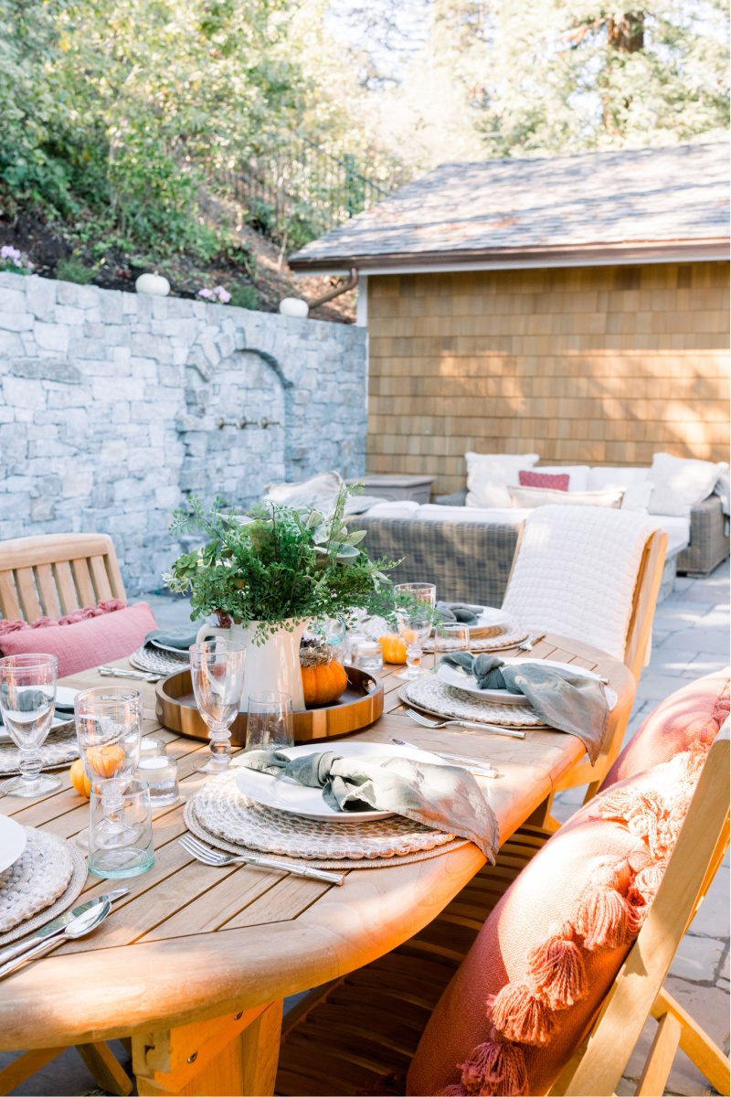 Fall Outdoor Table and Patio