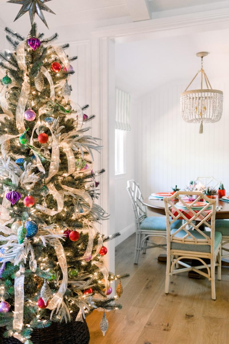 Christmas Tree and Christmas Table Setting