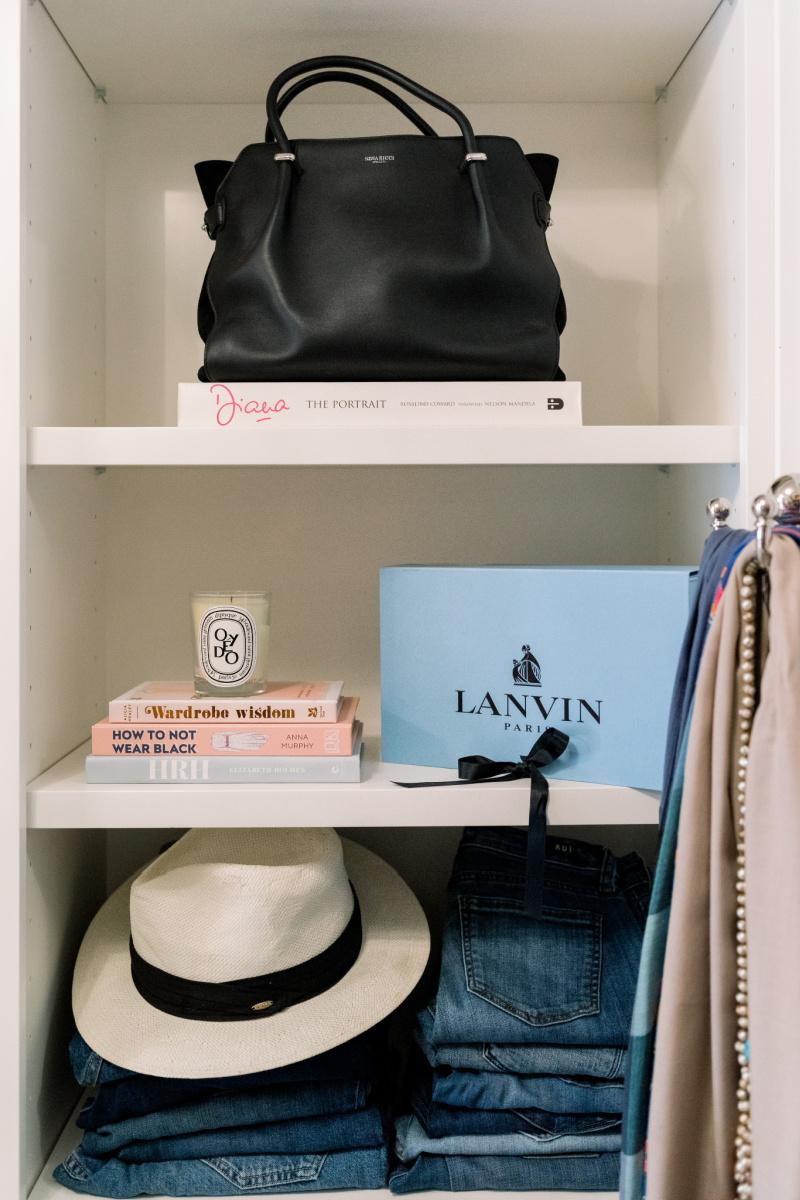 Closet Shelf, Bag, Books, Hat